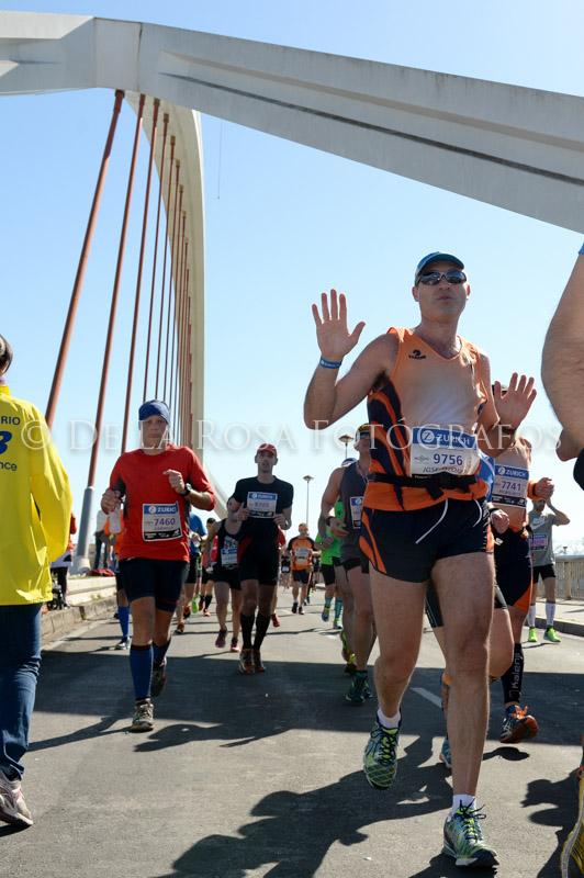 332 DAVID DE LA ROSA Zurich Maraton Sevilla 2015